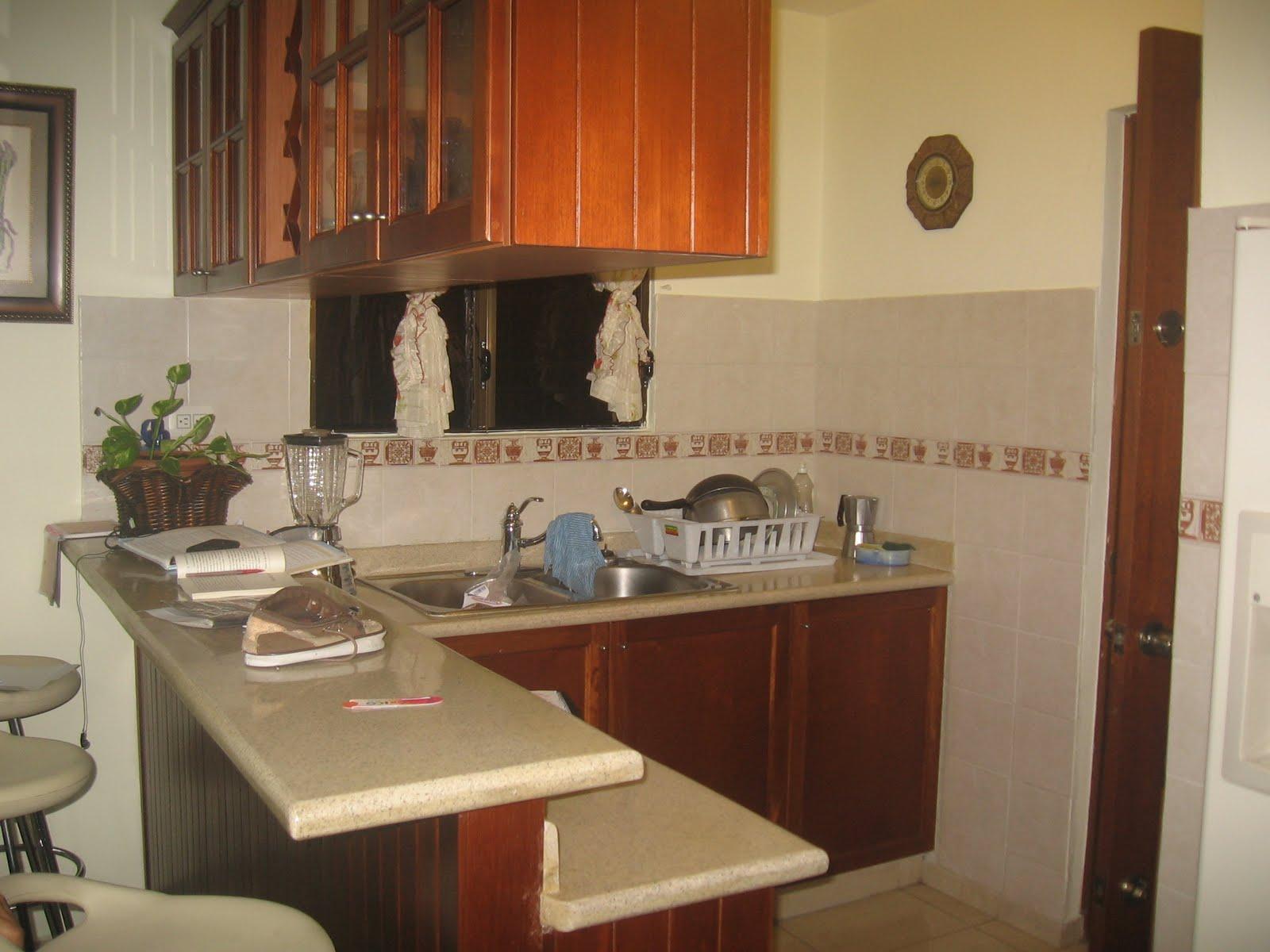 Dise o de restaurantes fotos de reas existentes cocina for Desayunador cocina comedor
