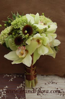 brown green bouquet
