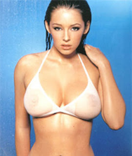 Fotos de Keeley Hazell en Topless.