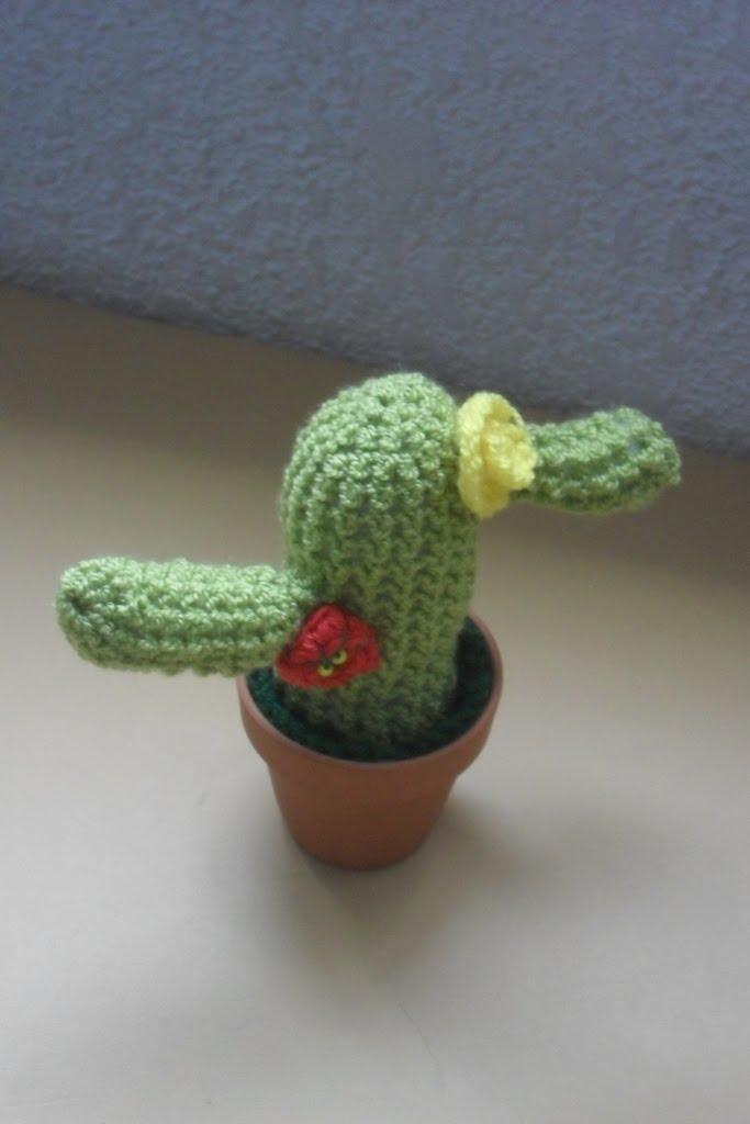 Amigurumi Cactus Tejido A Crochet Regalo Original : Mainita: Cactus al crochet en macetas de barro