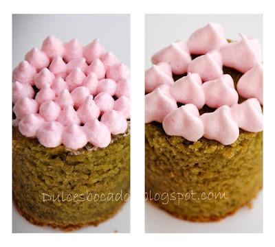 Bizcocho de te matcha y chocolate rosa