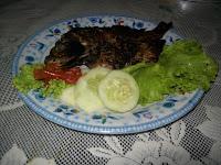 ikan ayam bakar lalapan
