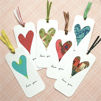 http://mmmcrafts.blogspot.com/2009/02/love-you-bookmark.html