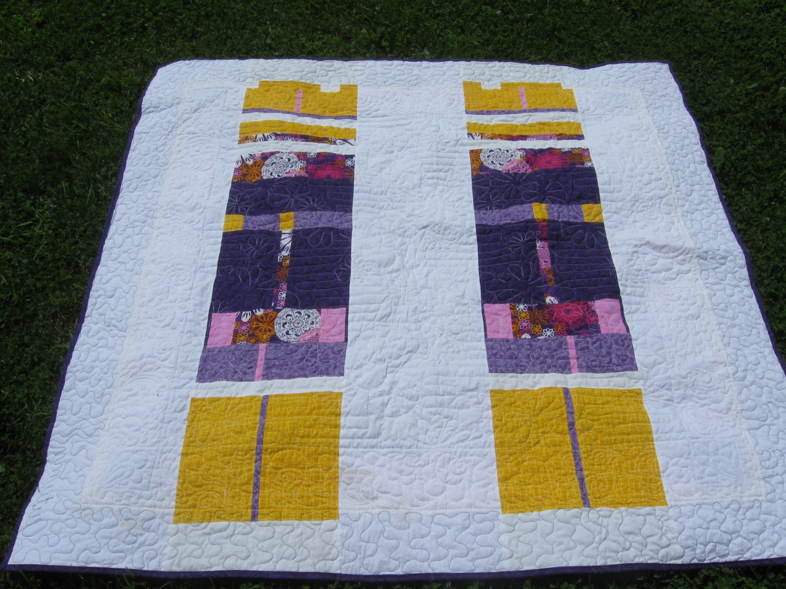 Easy Quilt Patterns For Graduation : quilting according to annette: 2 graduation quilts 10
