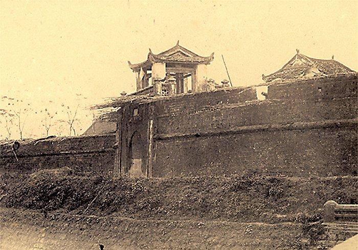 Thành cổ Sơn Tây : ảnh chủp năm 1885