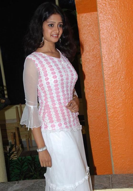 Actress Sandeepthi  Stills cleavage