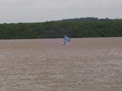 Praia do Jacaré em dia chuvoso