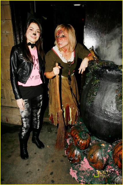 Miranda Cosgrove Halloween