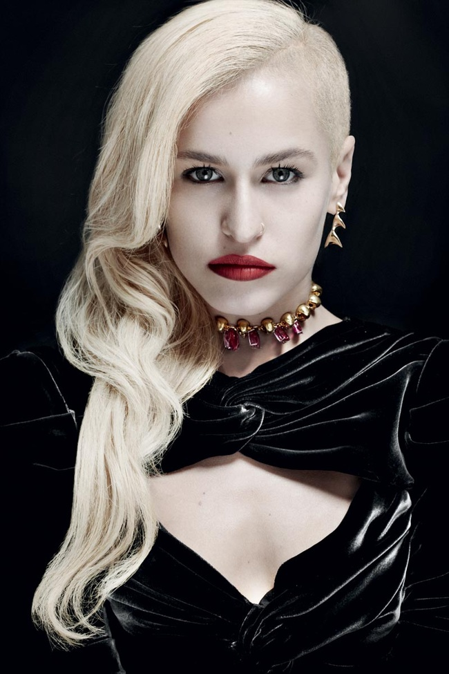 Alice Dellal for Vogue Joyas