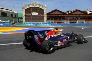 Red Bull RB6 rear diffuser FIA formula1 world championship round 9 im Valancia
