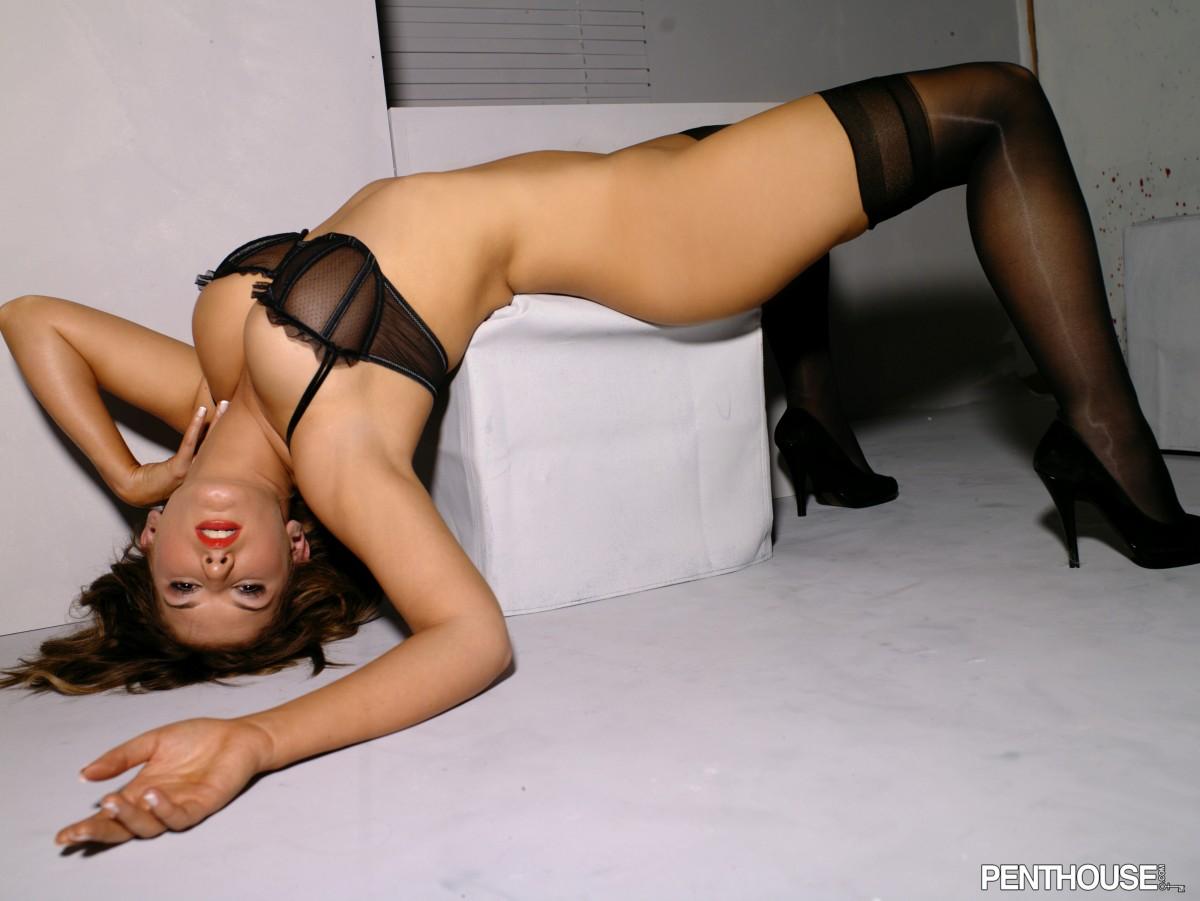http://2.bp.blogspot.com/_1tOVxFjmXk8/TJvndj7mCsI/AAAAAAAAFhk/Qn6elhUz3dA/s1600/Amber+Campisi+09.jpg