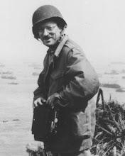 "Autor da Fotografia ""Raising the Flag on Iwo Jima "" (Subindo a bandeira em Iwo Jima)"