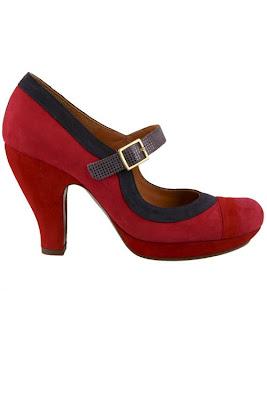 Une femme et ses chaussures