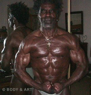 ROBBY ROBINSON - FRONT MUSCULAR RIPPED AND MUSCULAR AT 64, POSING 2010 BUILT- Instructional Double DVD ▶ www.robbyrobinson.net/dvd_built.php