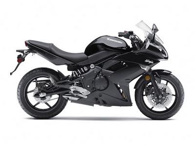 2011-Kawasaki-Ninja650R-black