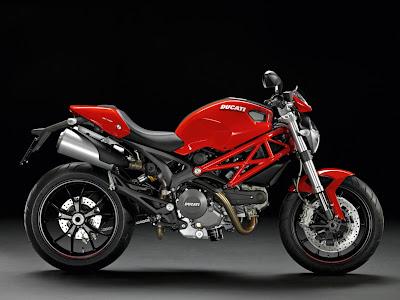 2011-Ducati-Monster796