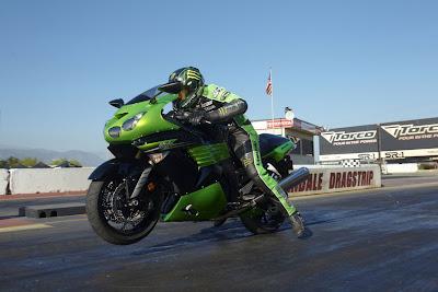 2011-Kawasaki-NinjaZX14-Abs