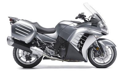 2011-Kawasaki-Concours14ABS-silver