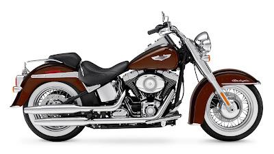 2011-Harley-Davidson-FLSTNSoftailDeluxe