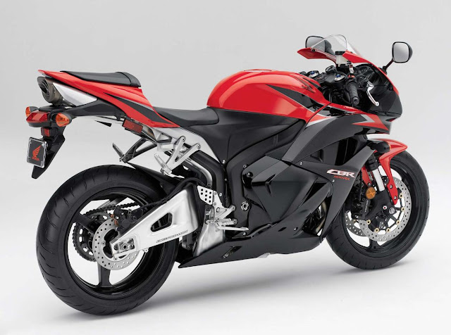 2011-Honda-CBR600RR-Red-ABS