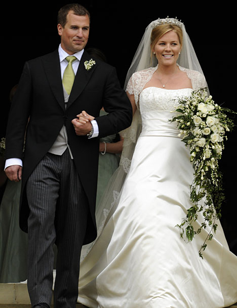 princess diana wedding pictures. princess diana wedding dresses