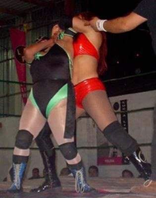 April Hunter Wrestling in Mexico