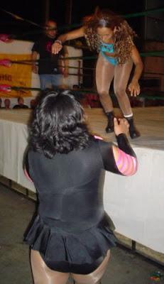 Diana La Cazadora Wrestling in Mexico