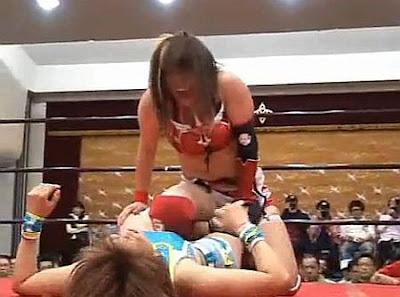 Kana - Ayumi Kurihara - japanese wrestling women