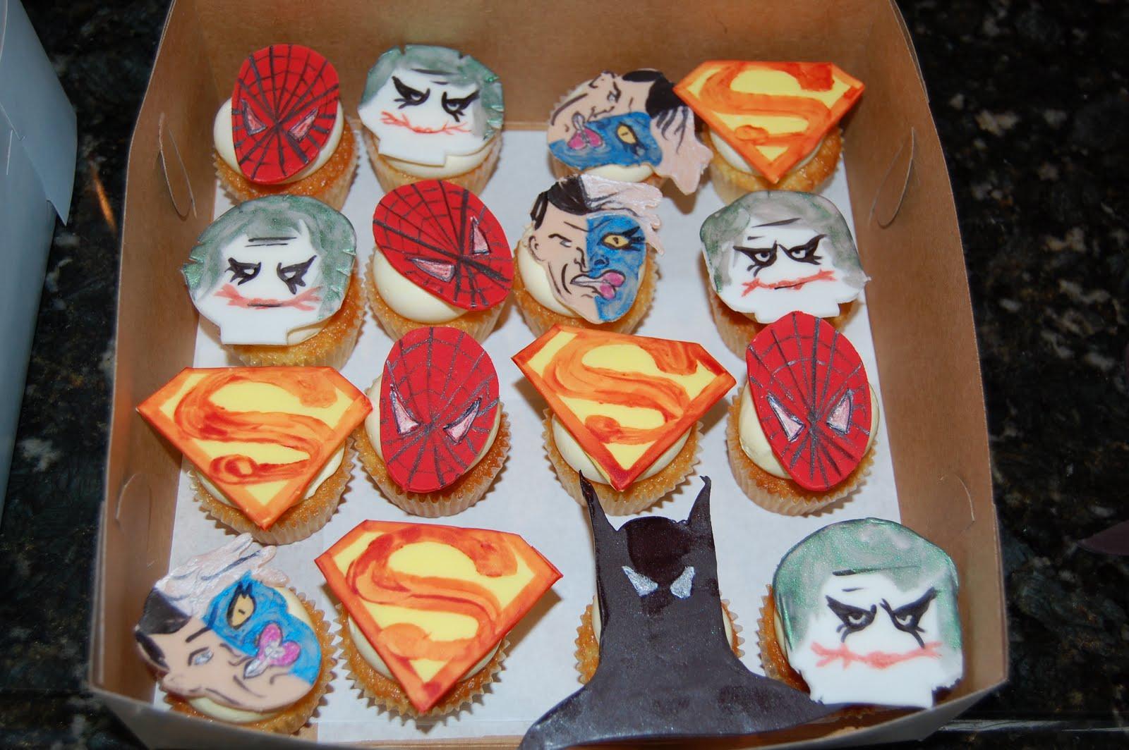http://2.bp.blogspot.com/_2-Wg7YTdBco/S_k1LTmFVUI/AAAAAAAAAXg/WVMEo4PLkN8/s1600/superhero%2Bcupcakes%2B(12).JPG