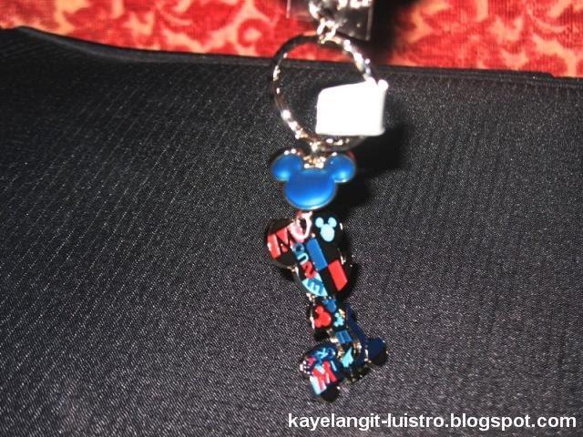 souvenirs at hong kong disneyland