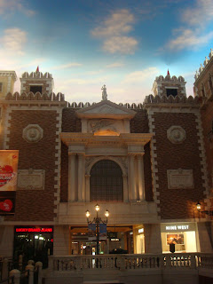 Posted by Gaurav Jain : Thrilling experience @ Macau, China ( Las Vegas of Asia ) : The Venice Beauty Again Inside Venetian @ Macau , China