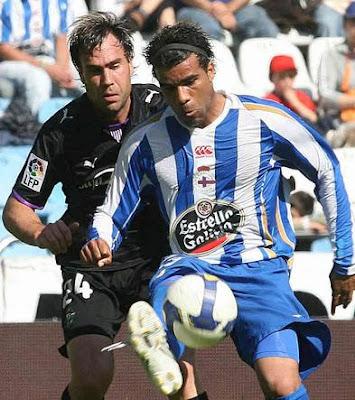 [Imagen: Deportivo+La+Coru%C3%B1a+Vs+Real+Valladolid.jpg]