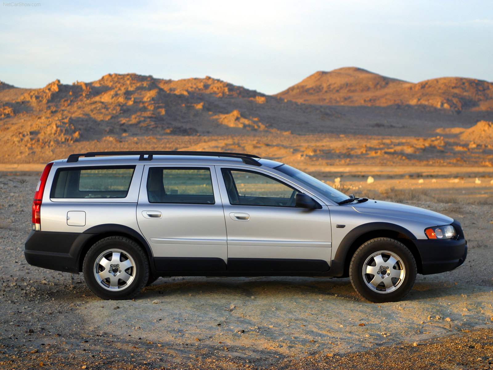 volvo xc70 cross country info page some good pics of 2nd generation
