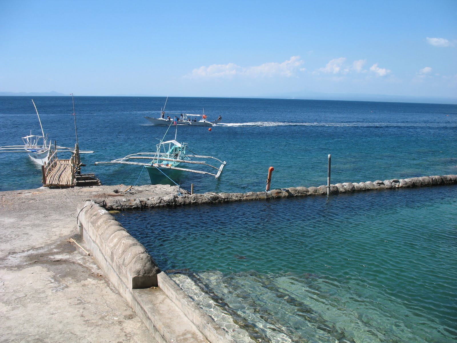 Anilao Batangas Beach Resorts Flock To Eagle Point Resort Discount Vouchers Travel And