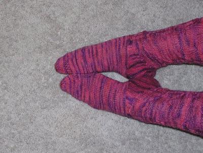picture showing hat-heel socks