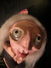 Headless Mona