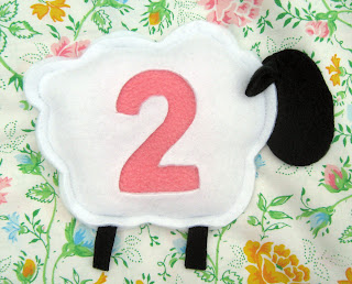 felt gifts for kids: a tutorial for counting sheep bean bags