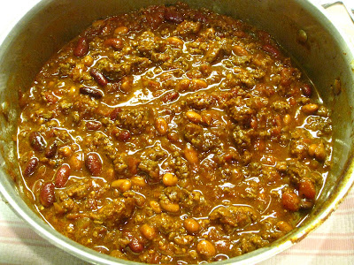 "Dishing it up!: ""It's Chili by George!""...or Jean"