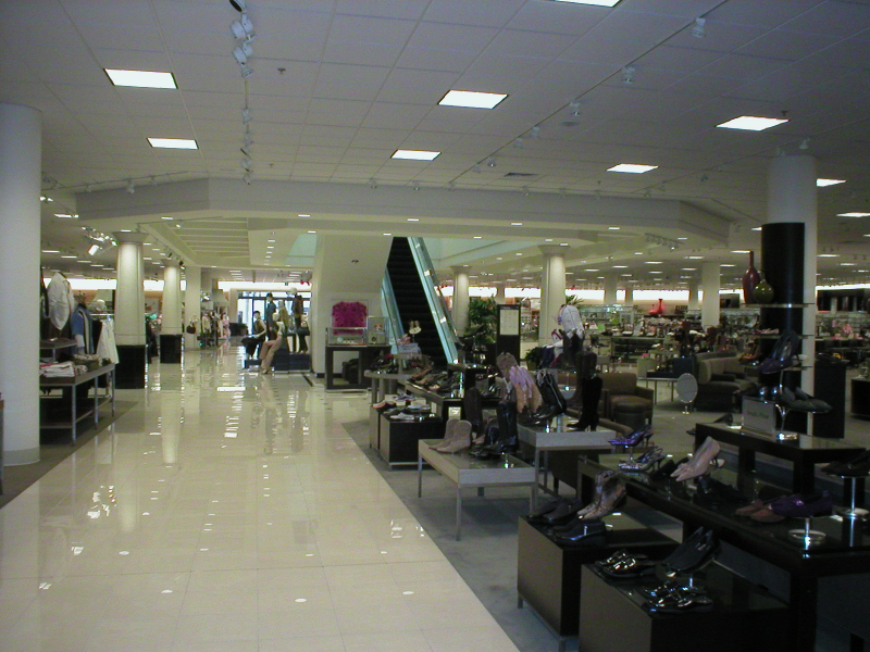 Nordstrom 's somewhat underwhelming interiors
