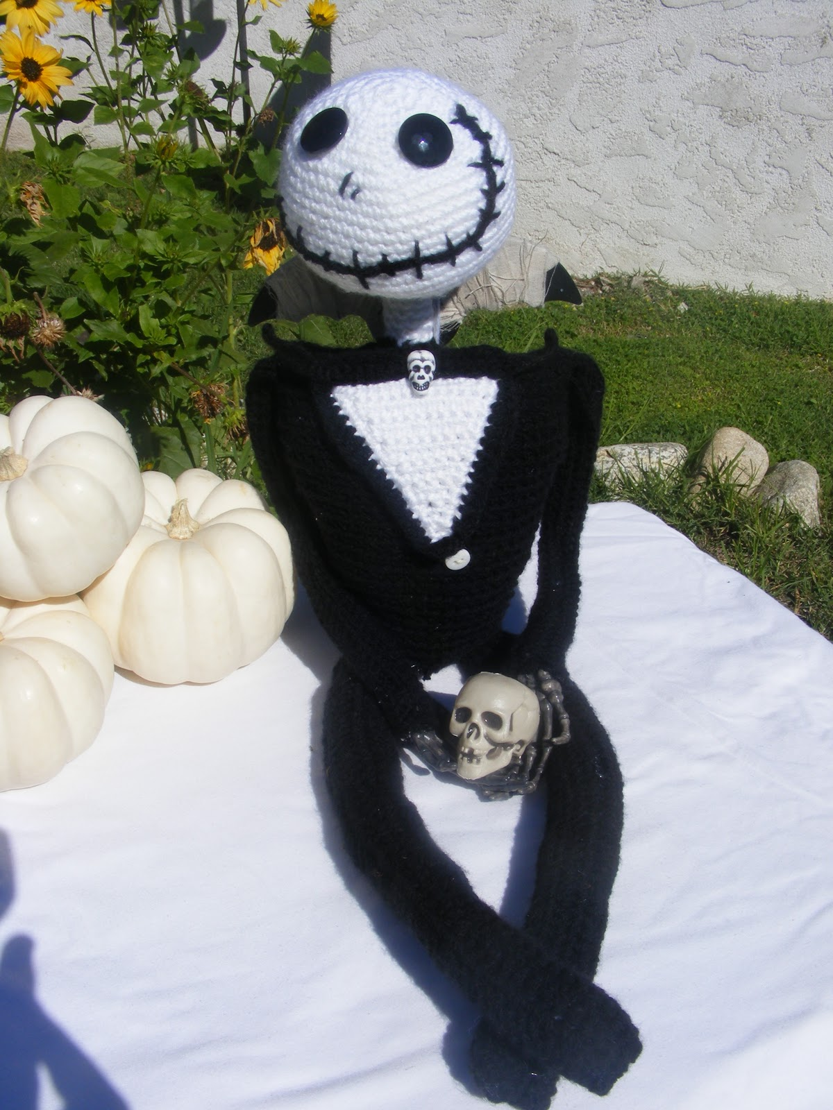 Crochet Jack Skellington : lauries crazy4crochet: Jack Skellington Crochet Pattern