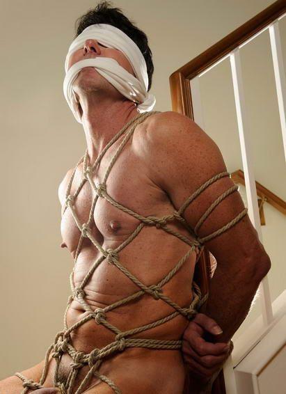 bondagesex gay massage homoseksuaaliseen tube