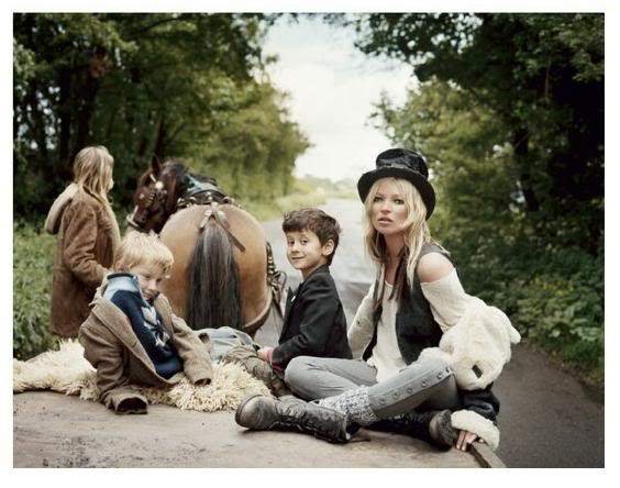 [Kate-Moss-Gypsies-3.jpg]