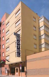 [hotel+zeus]