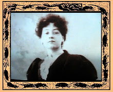 Alice Guy fond bleu