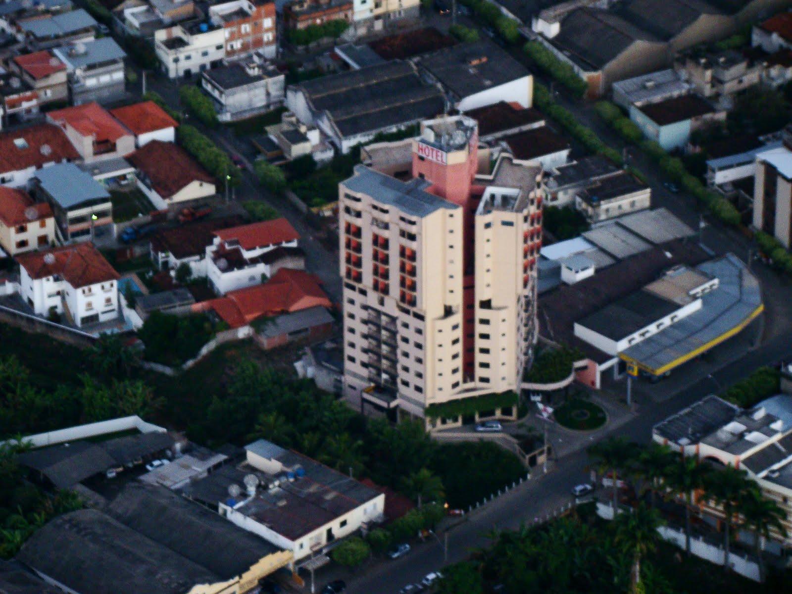 Imagens de #6D3537 DGL Turismo e Hotel Minas Tower agora são parceiros. 1600x1200 px 3598 Banheiros Ultra Modernos