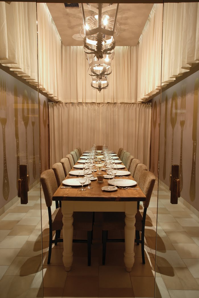 Amassing design ella dining room and bar uxus for O bar private dining room