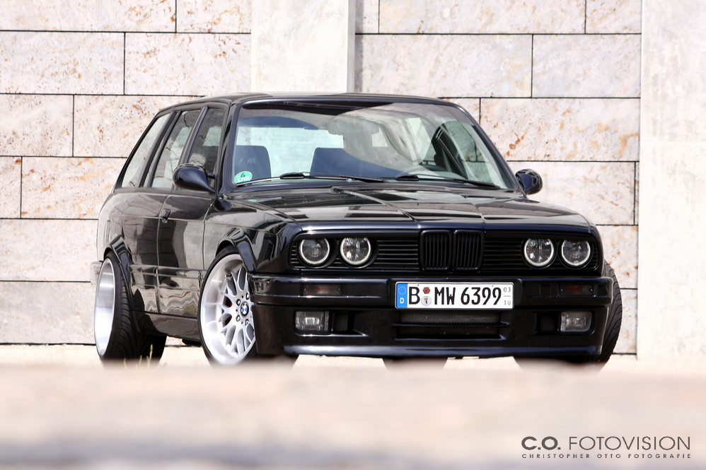 tuningpix bmw e30 touring black beauty. Black Bedroom Furniture Sets. Home Design Ideas