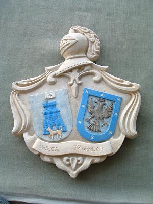 Escudo de armas con simil piedra