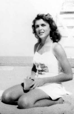 Barbara Bush (Sr) in a swimsuit, The Brady Bunch porn movie, ...