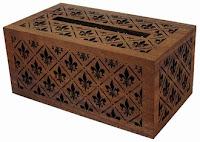 透かし彫りティッシュボックス